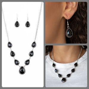 Socialite Social Black necklace